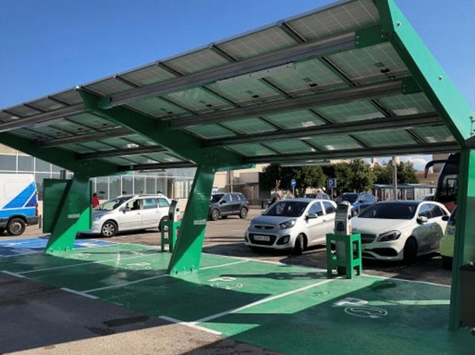 cardador coche solar